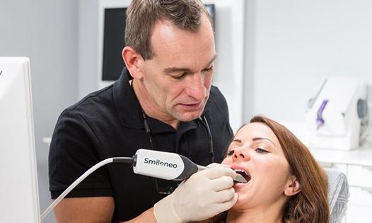 Dentist Consultation 3D Scan