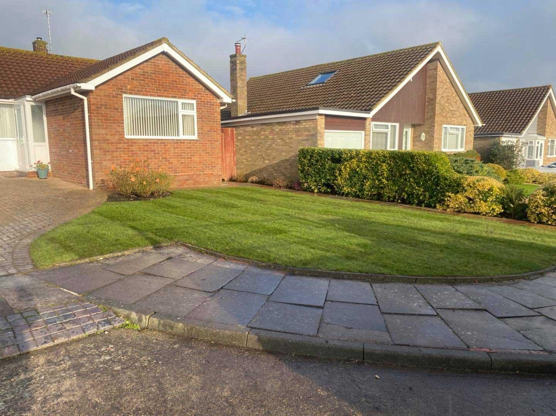 grass cutting eastbourne