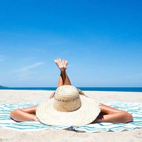 Relaxing beach photo