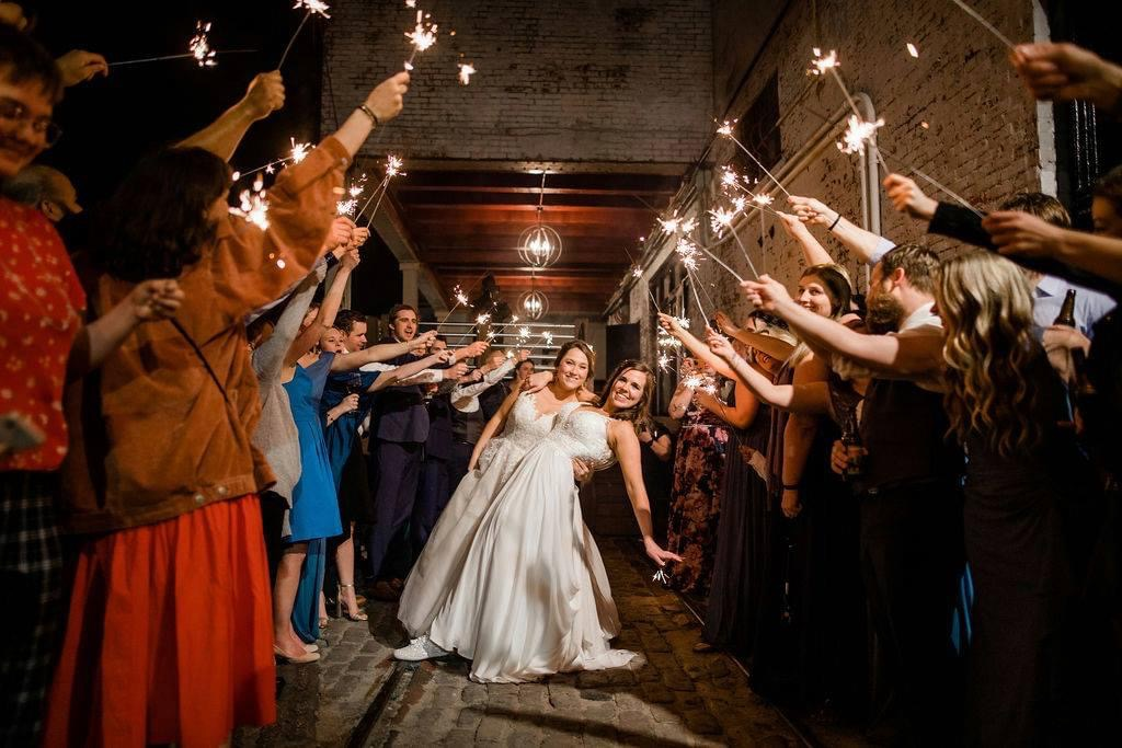 From rustic and warm, to modern and chic, our venue plays a beautiful backdrop to your love story! With plenty of space for your wedding and reception, we have designed our space to address your every wish and request!