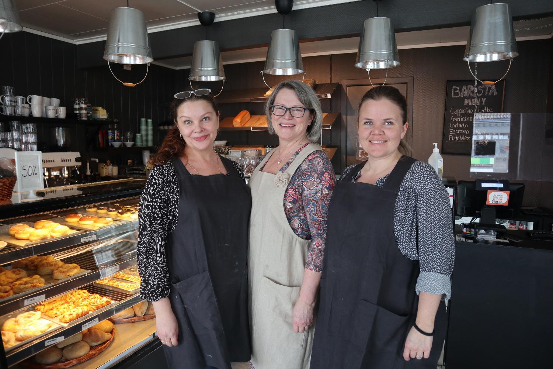 Bilde av Svetlana Hundseid, Elisabeth Nesheim, og Cathrine Hamre Tindeland.