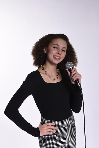 voice and singing lessons near me for kids and adults in Fall River, MA