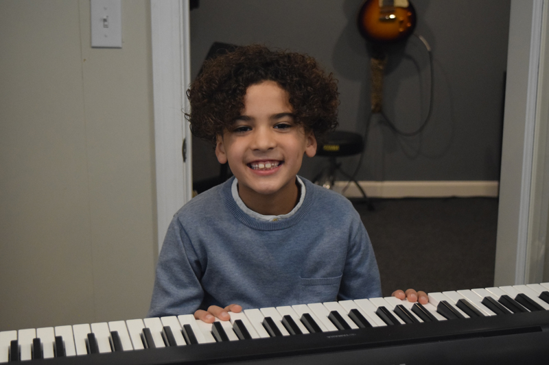 guitar lessons near me in Fall River MA