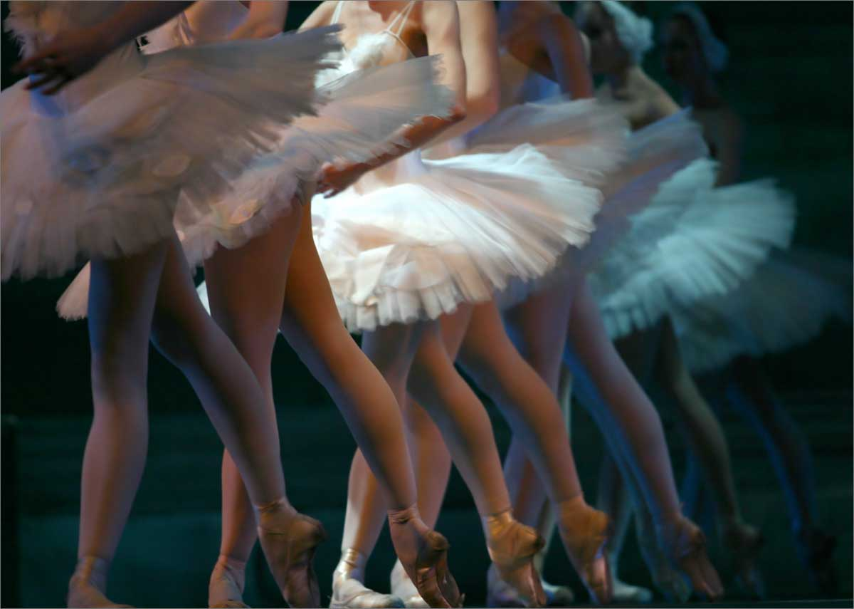 ballet dancers onstage