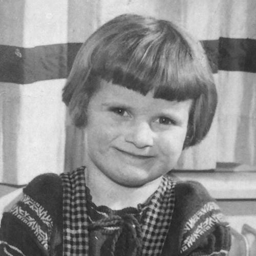 Maria Aarts childhood photo