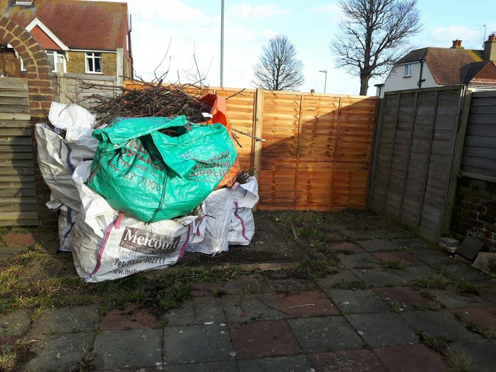 garden tidy after