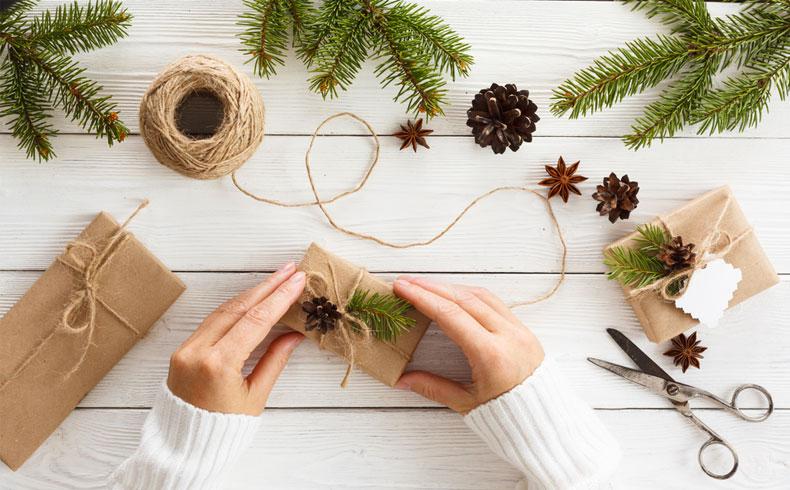 Vai zini, kāpēc Ziemassvētku dāvanas nav jāmeklē lielveikalos?