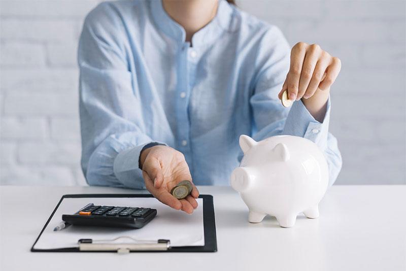 Kā ietaupīt naudu? Astoņas darbības, kas reāli strādā