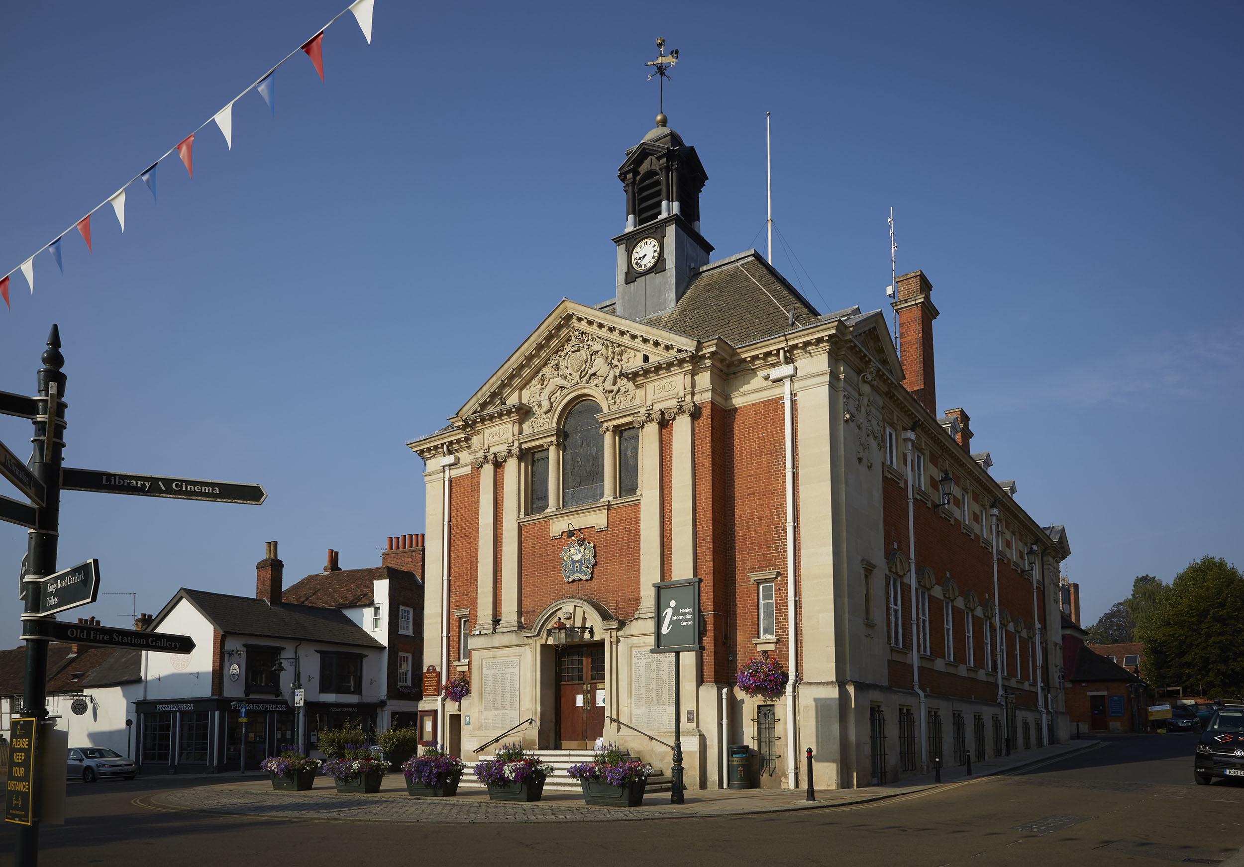 Henley Town Council - Town hall Exterior