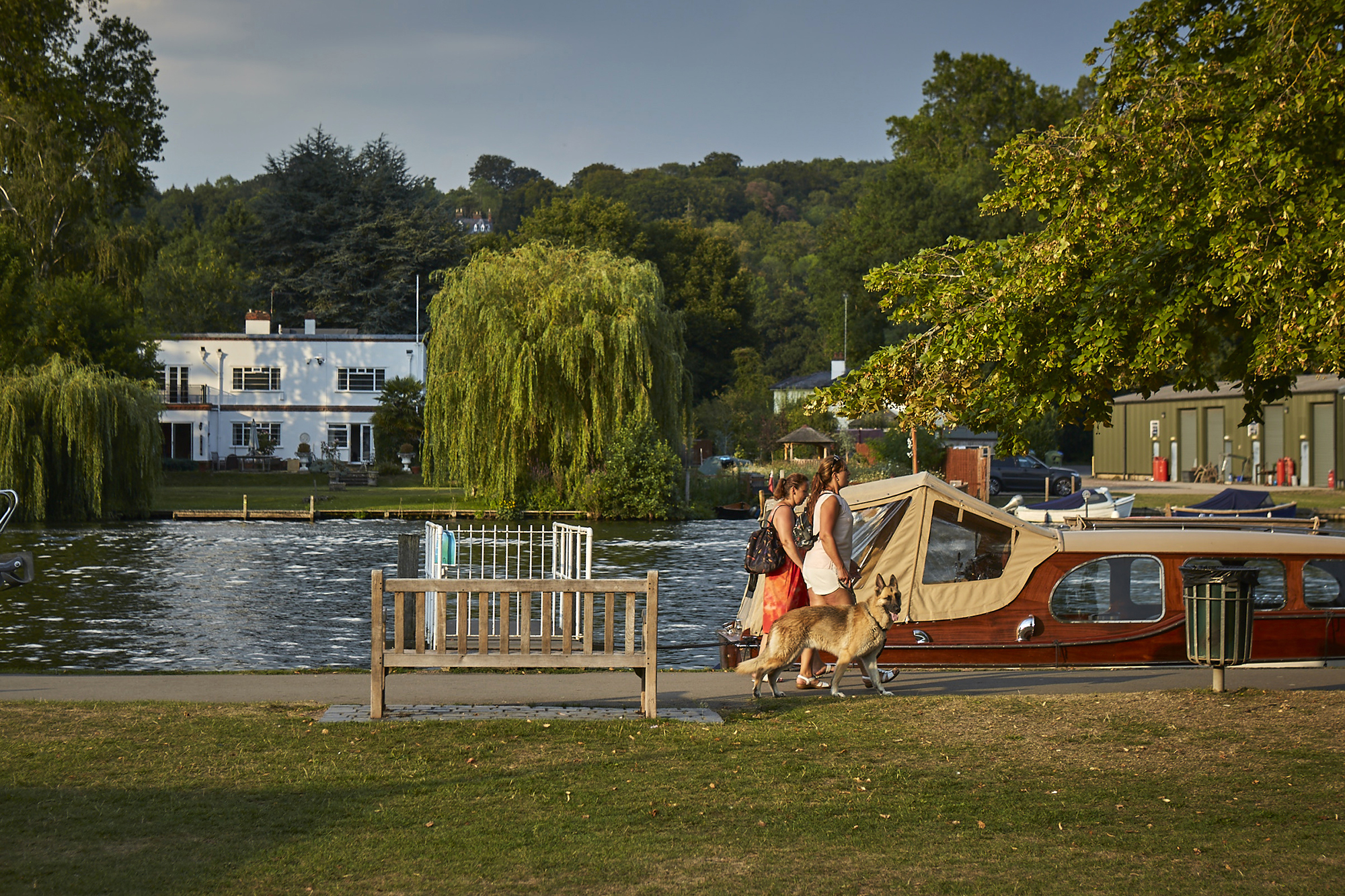 Henley Town Council - Picturesque view of the river and trees around Henley