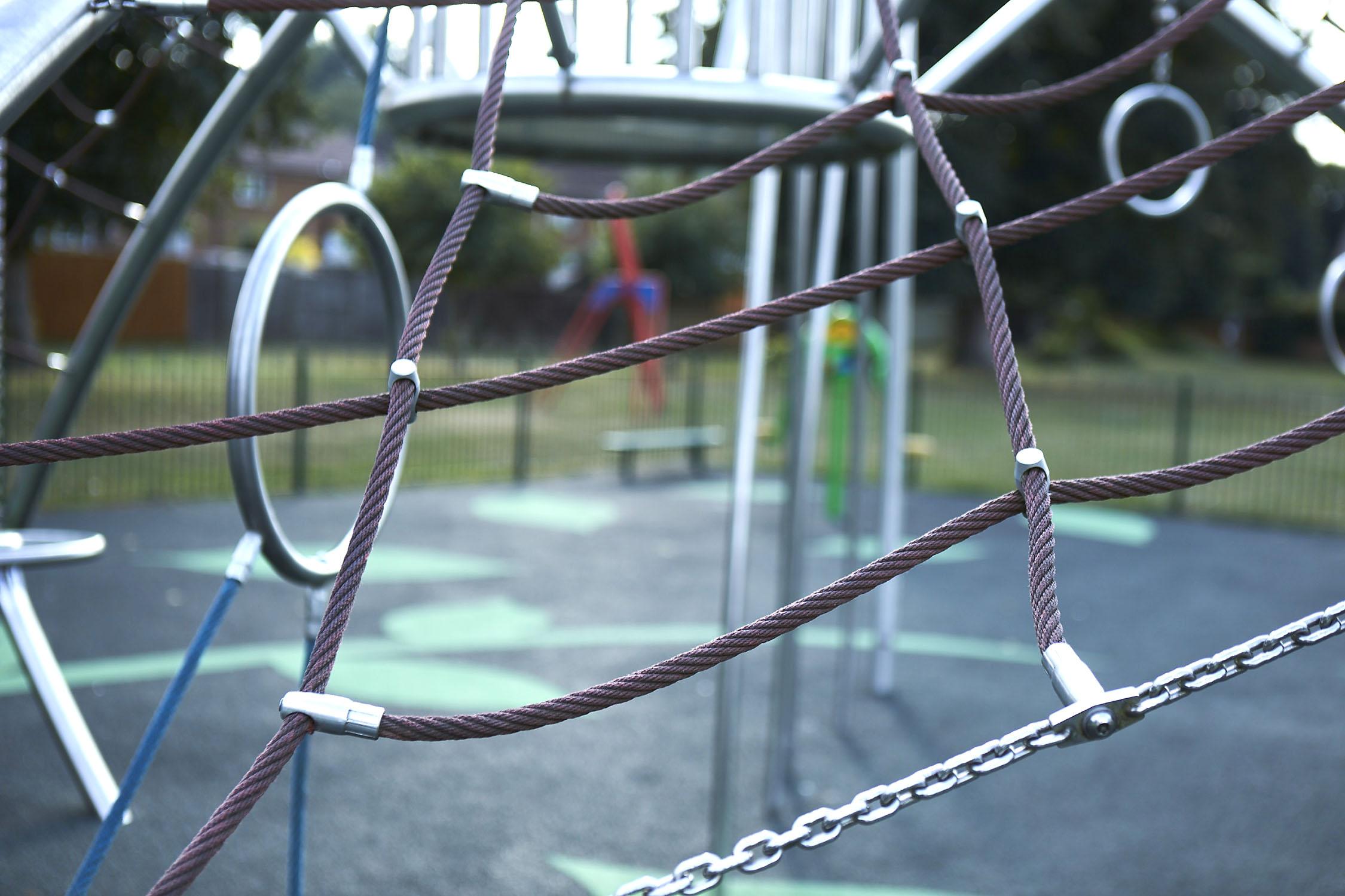 Henley Town Council - Freeman's Meadow play park