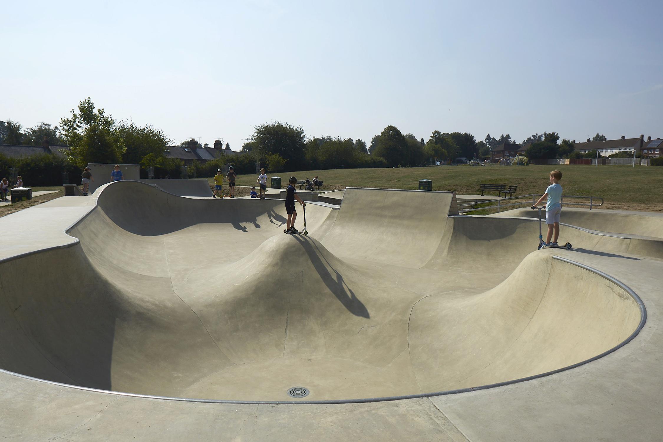Henley Town Council - Henley Skate park