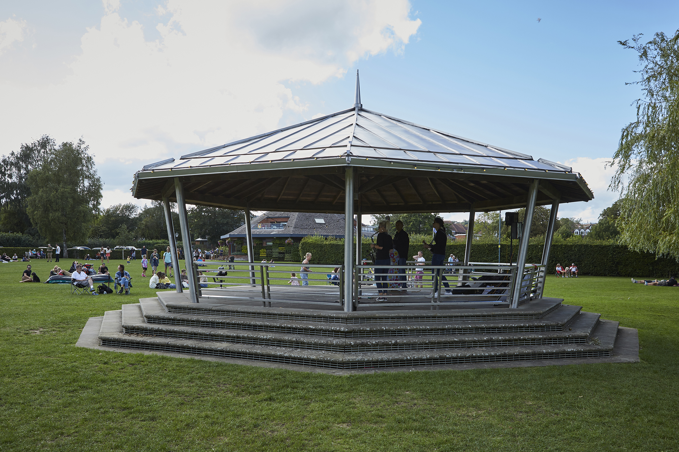 Henley Town Council - Bandstand in Mill Meadows
