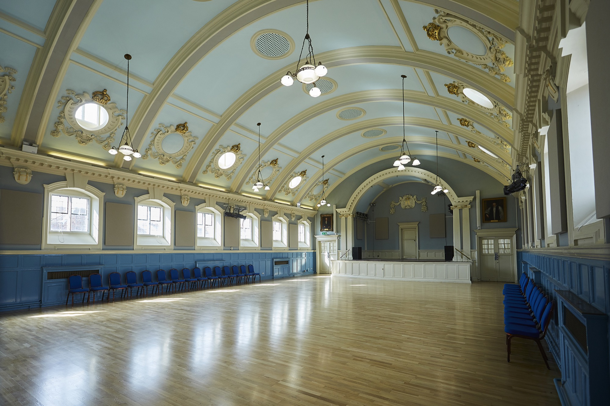 Henley Town Council - Room to hire for meetings