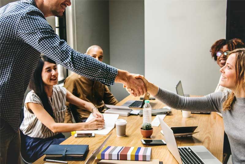 subscription business handshake