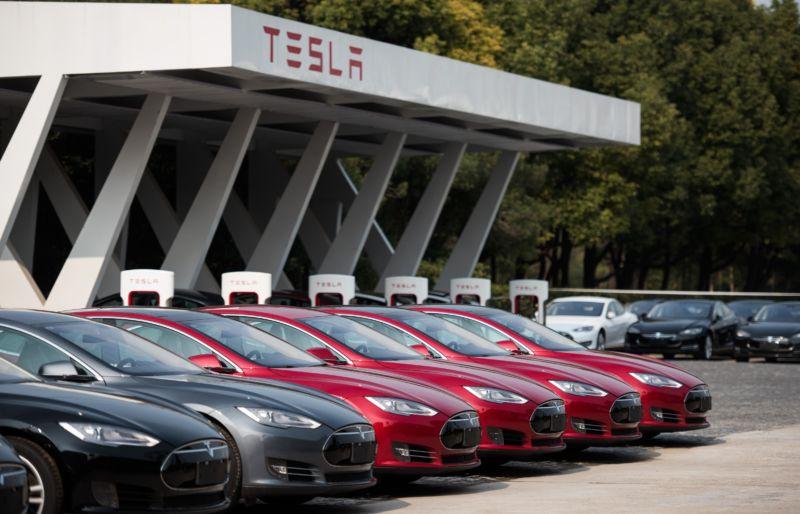 Tesla cars at dealership