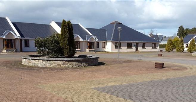 Retirement Village, Shinrone