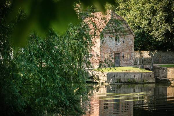 Mapledurham House, Mill and Church
