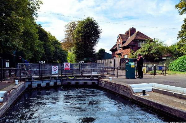 Caversham Lock