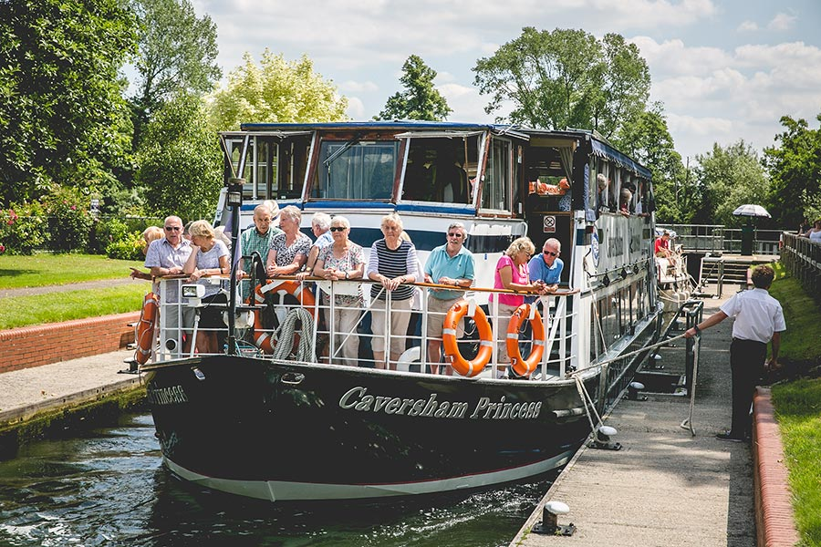 Weddings and boat parties on the thames