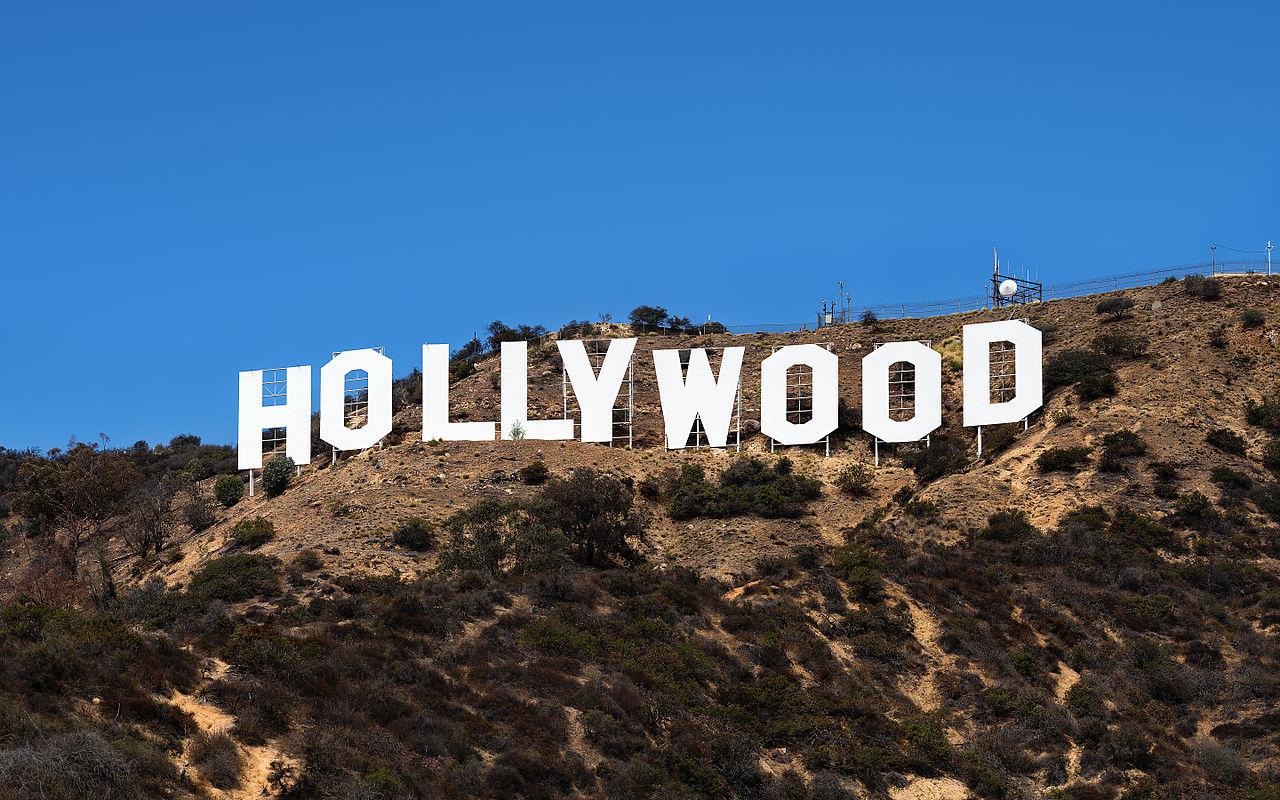 1280px-Hollywood_Sign_(Zuschnitt).jpg