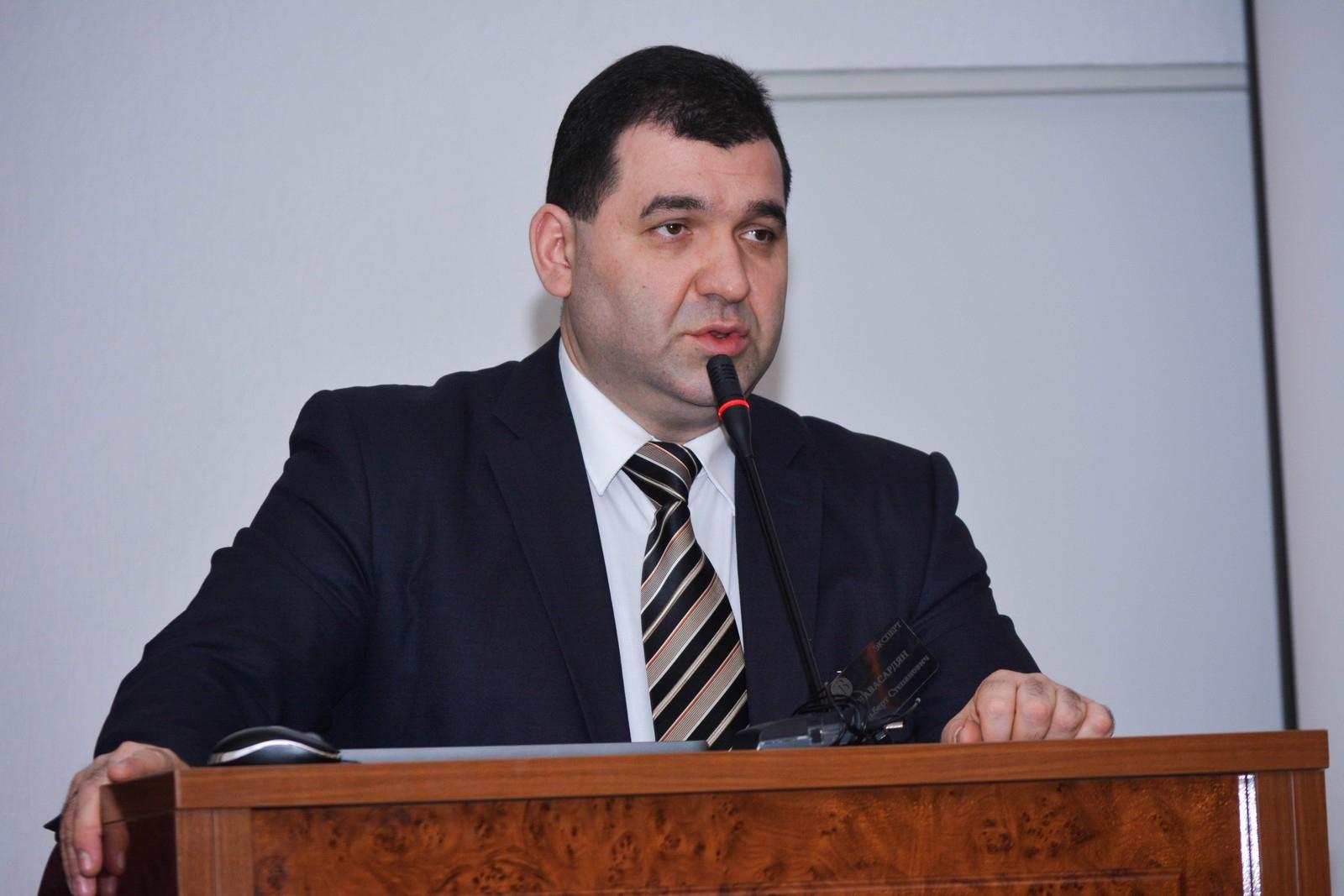 Навасардян Альберт Степанович