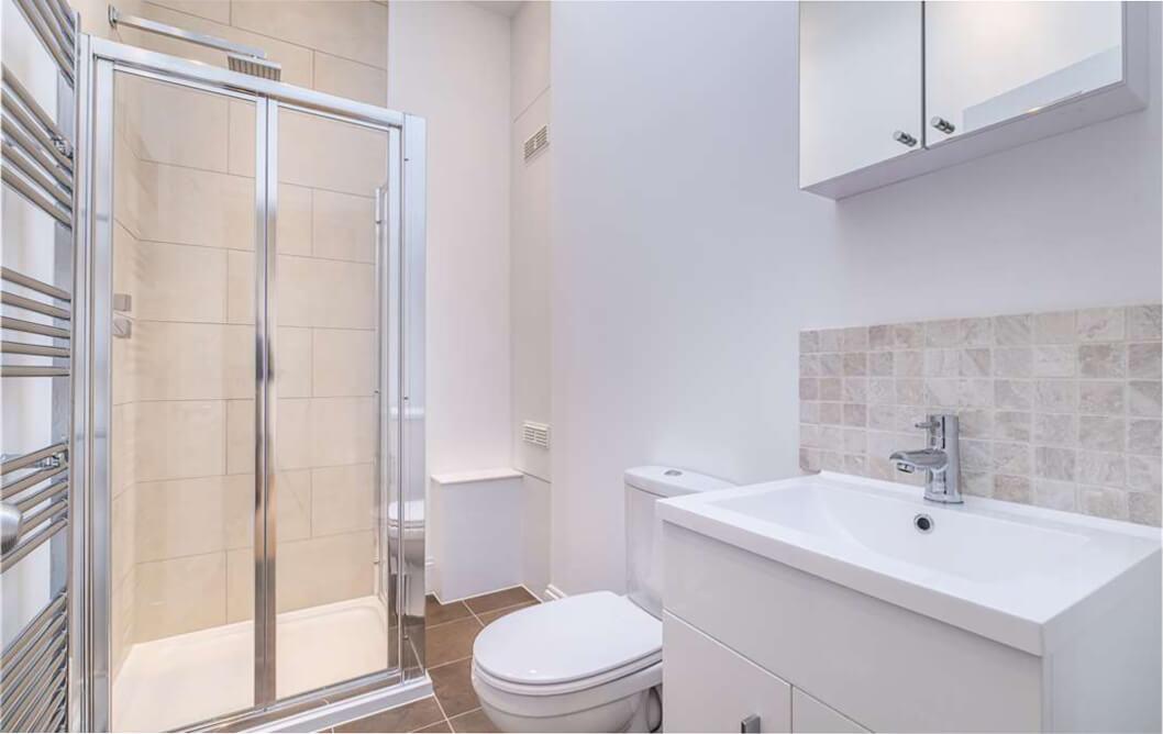 Clapham White Nude Bathroom