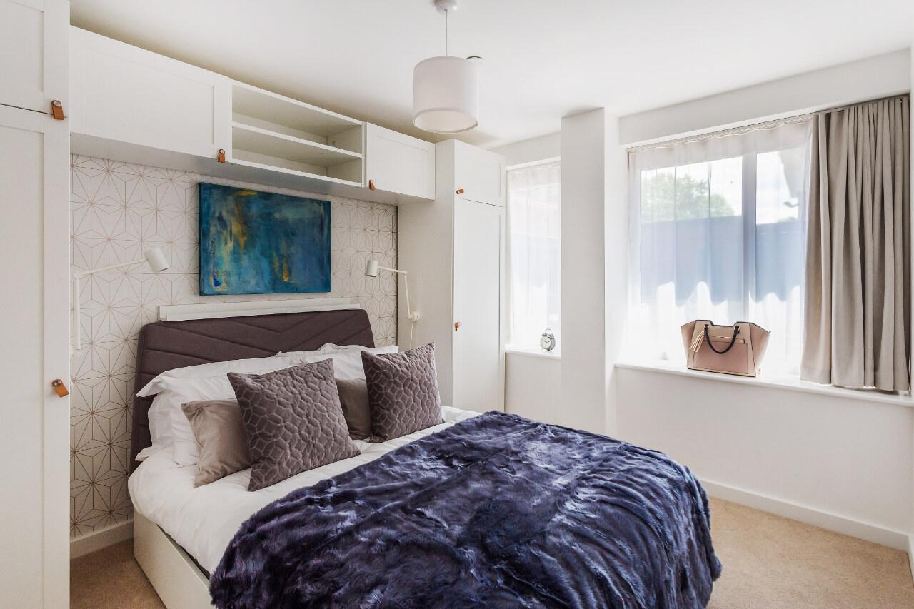 Spectrum House Modern Bedroom