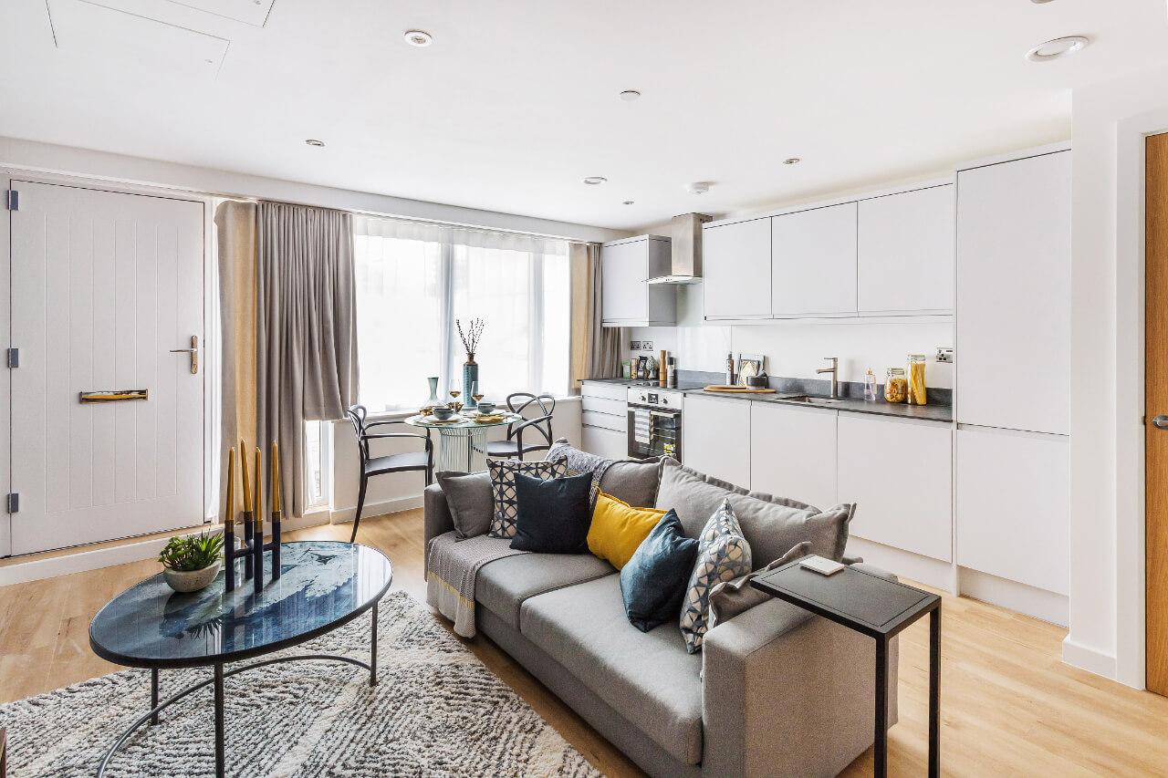 Spectrum House Modern Living Room