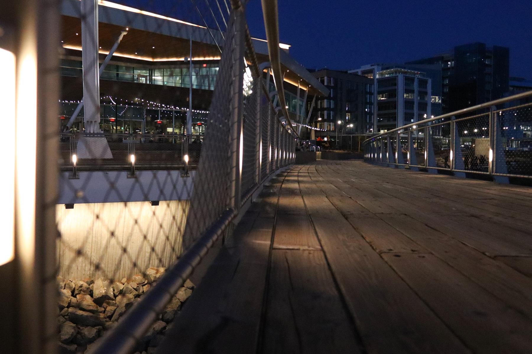 Commercial electrical sidewalk illumination