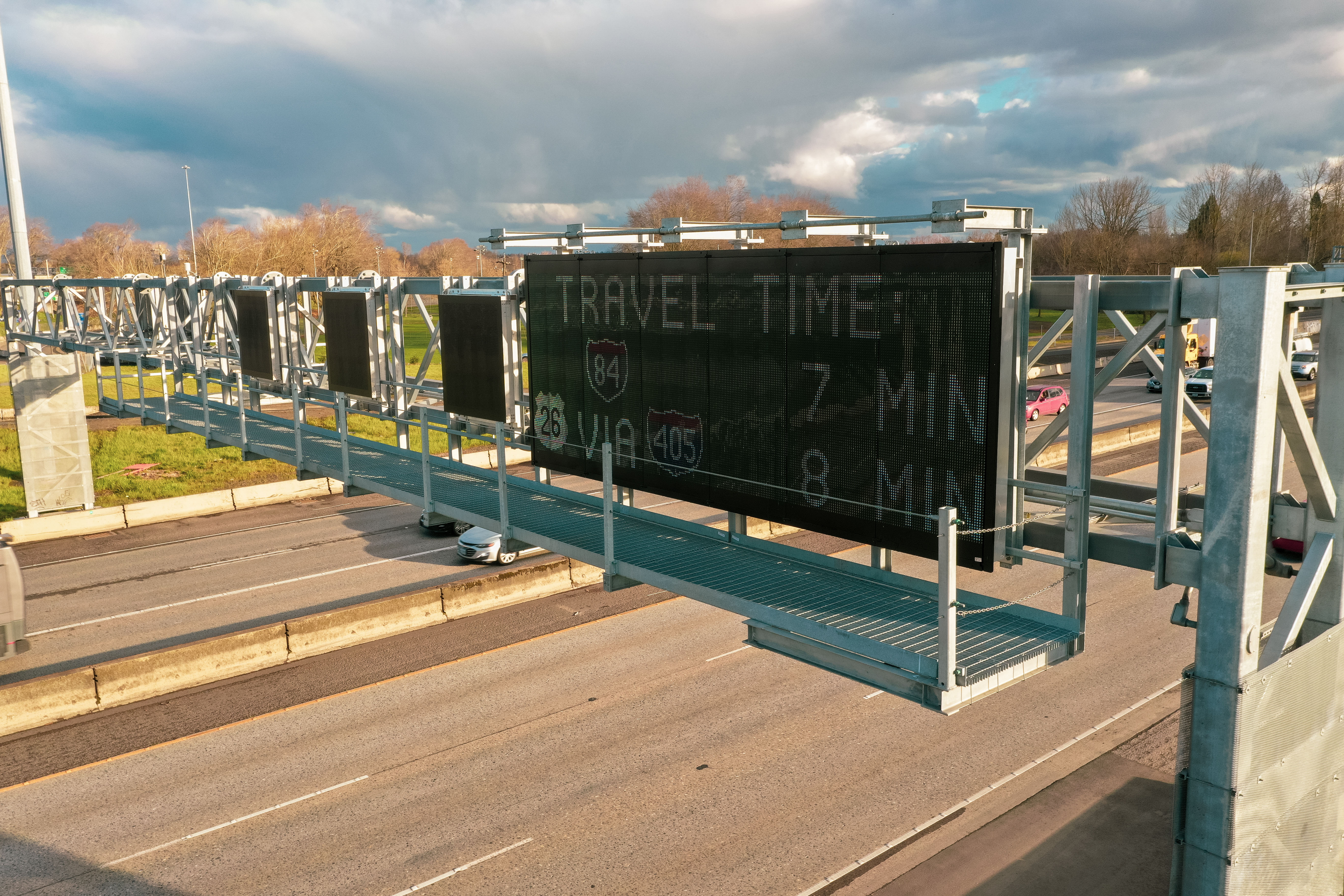ITS Highway sign installation and wiring from commercial electrical contractor
