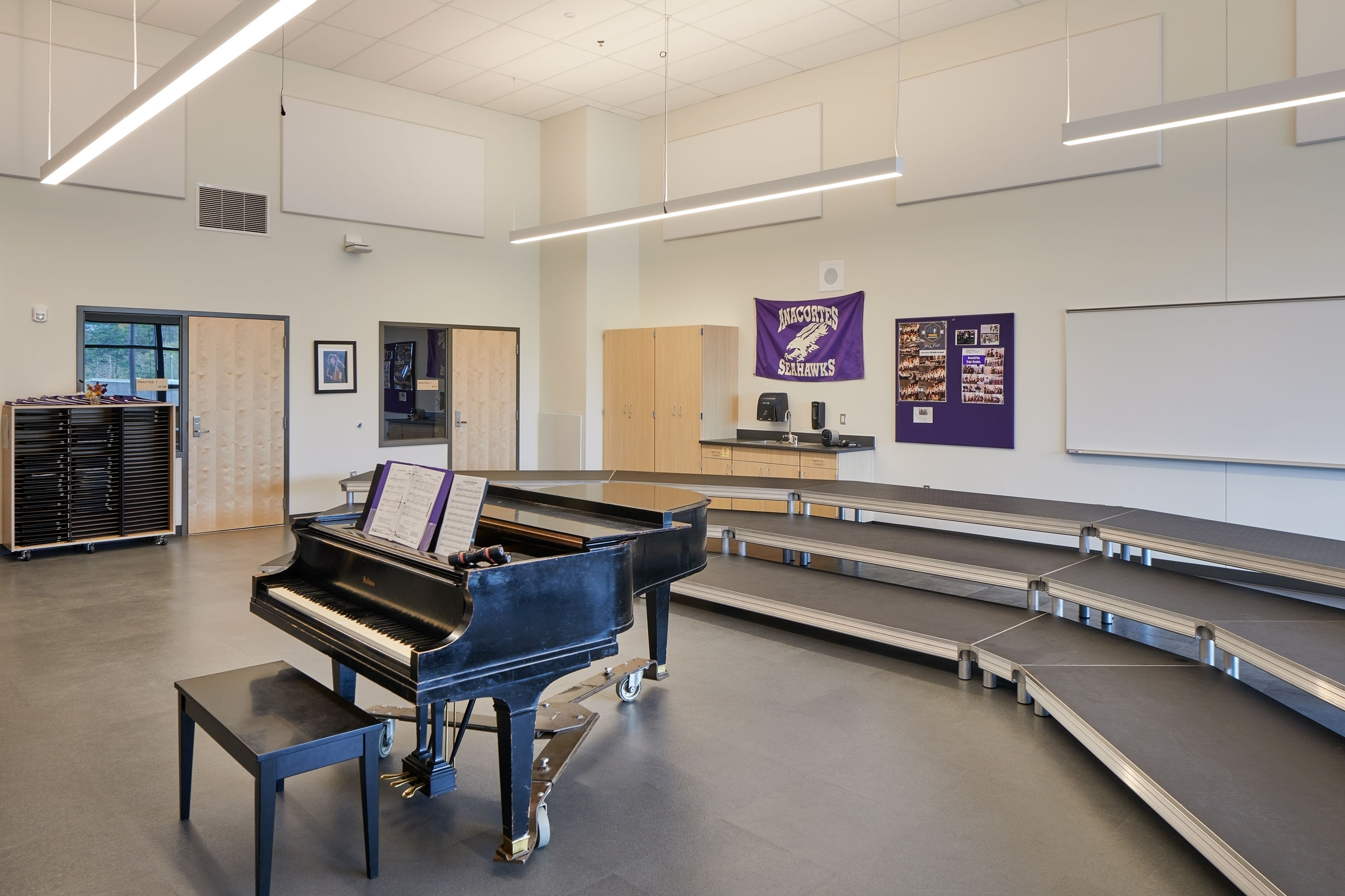 Picture of Brodniak Hall band room with piano