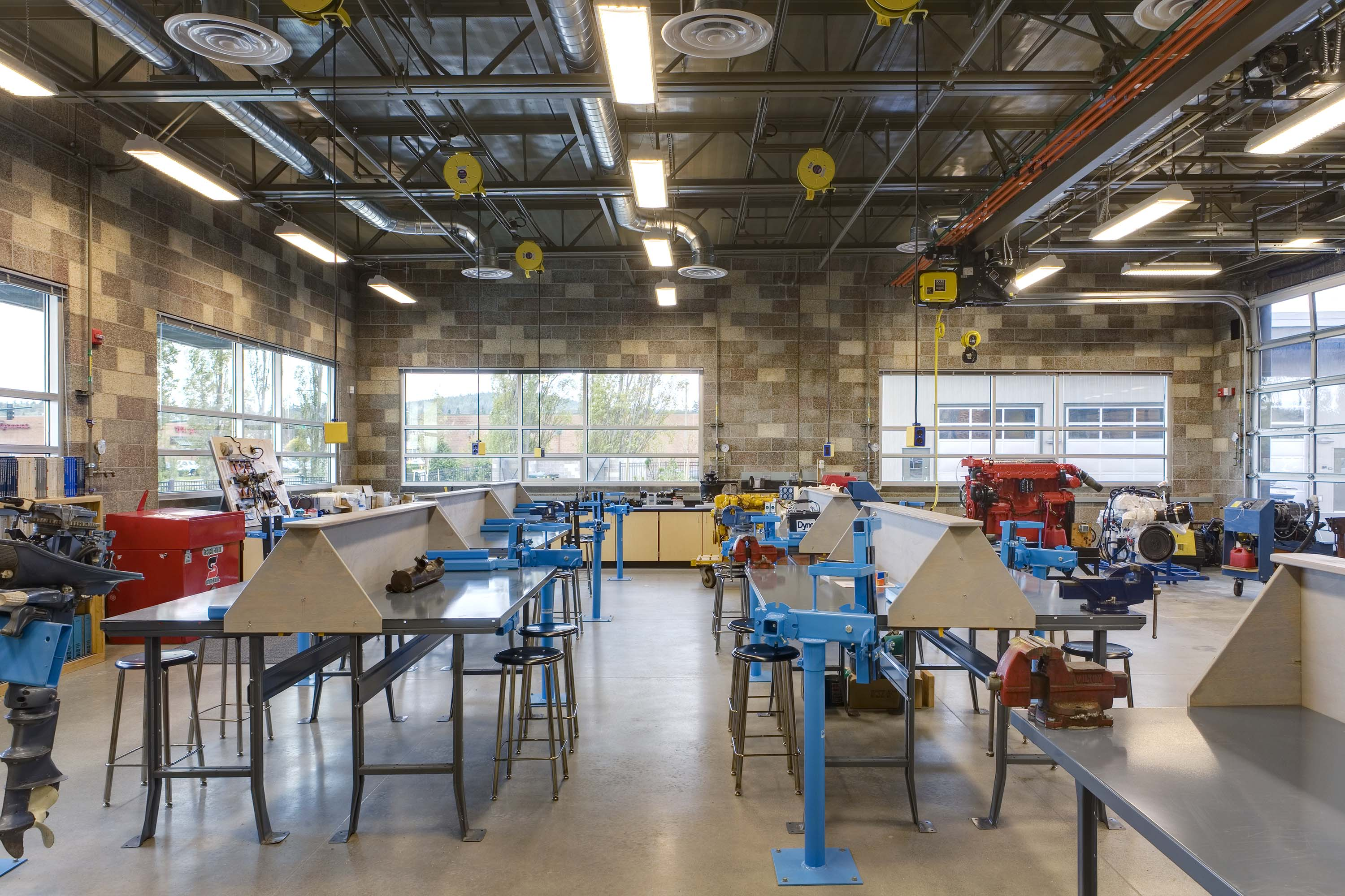 Photo of a classroom at Northwest Career & Technical Academy Marine Technology Center