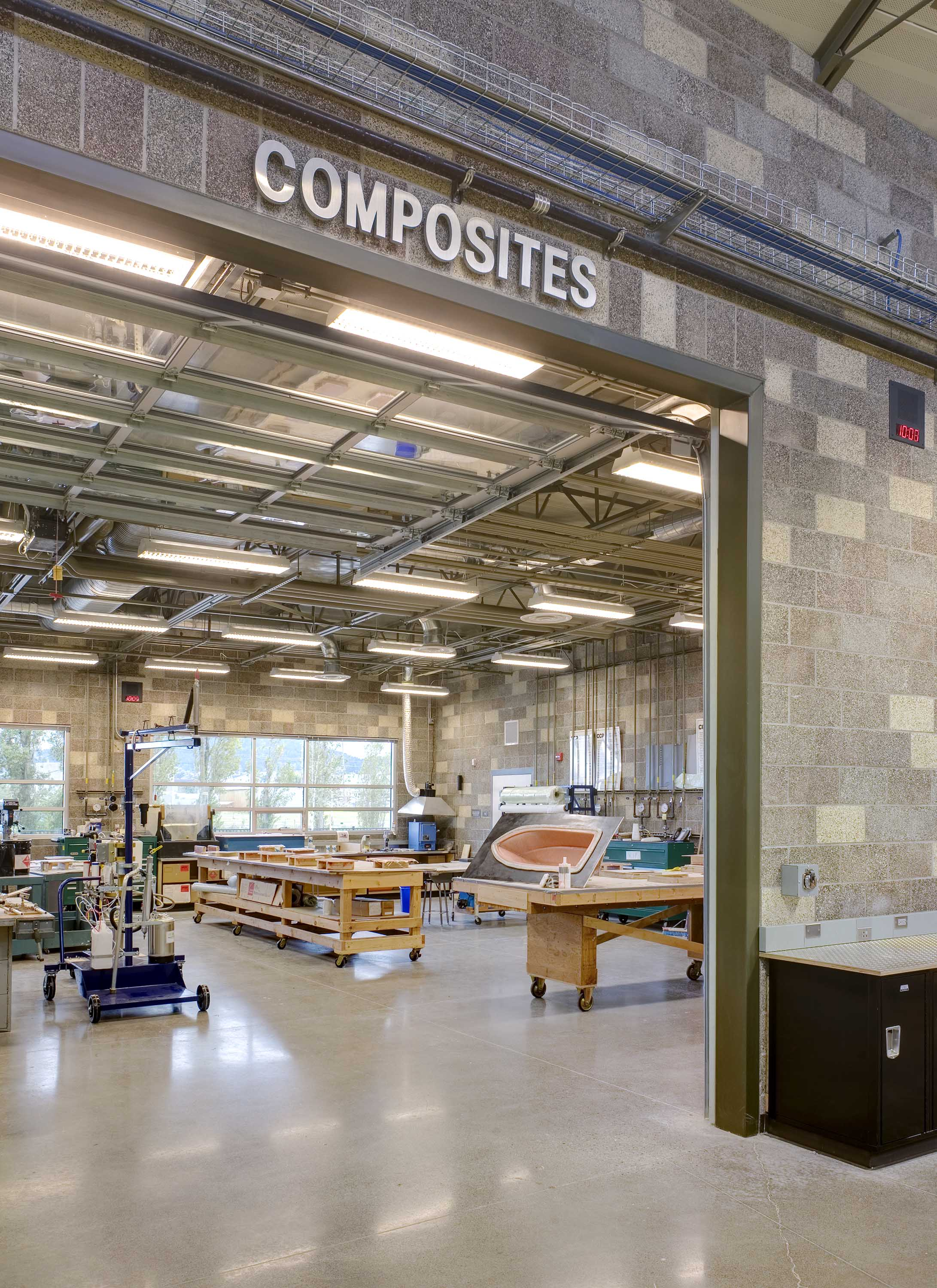 Photo of composite lab at Northwest Career & Technical Academy Marine Technology Center