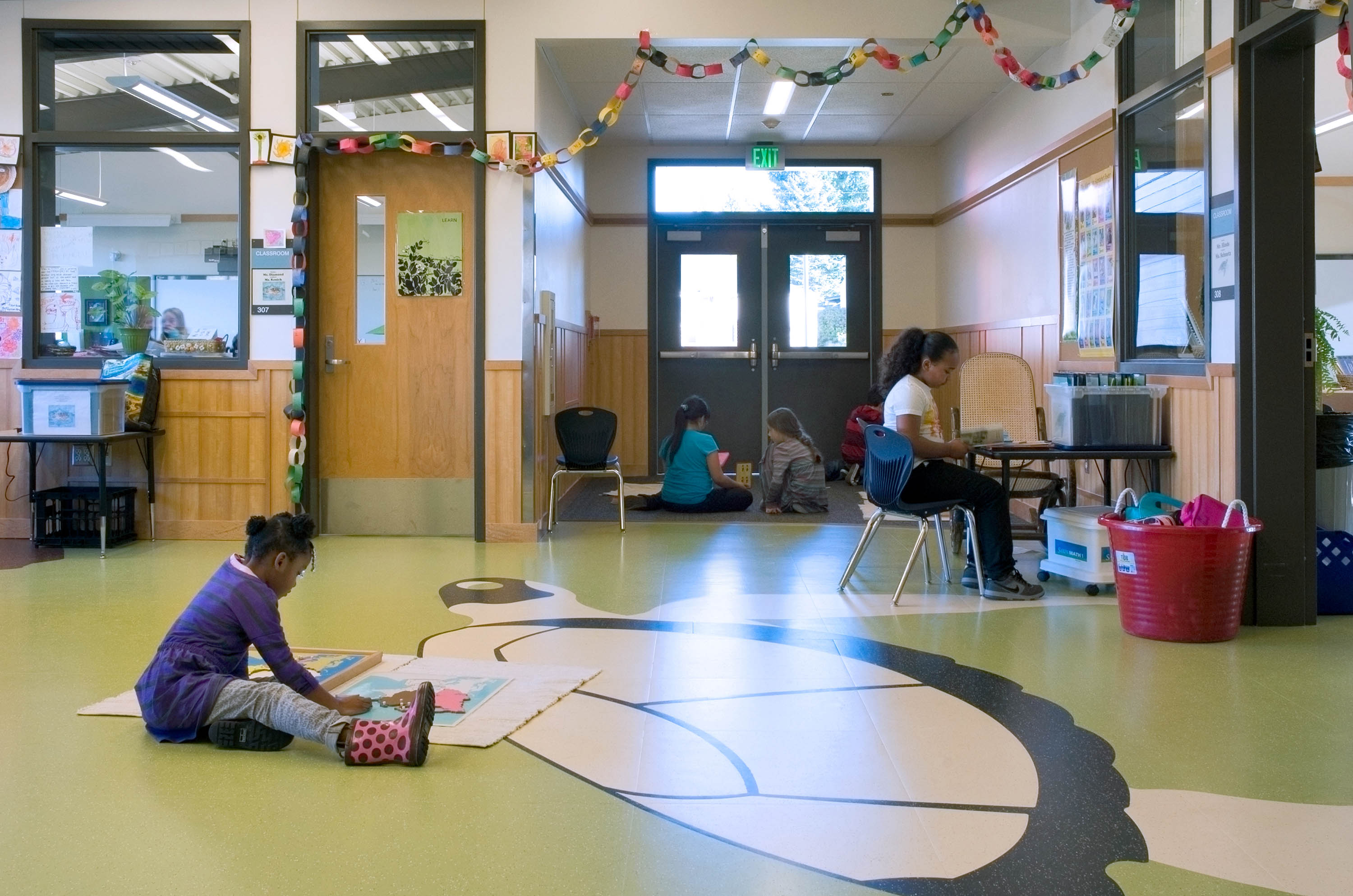 Students on their own working in a flex space.