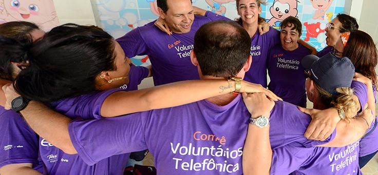 Conheça o programa de voluntariado da Vivo, que beneficiará cerca de 45 mil pessoas
