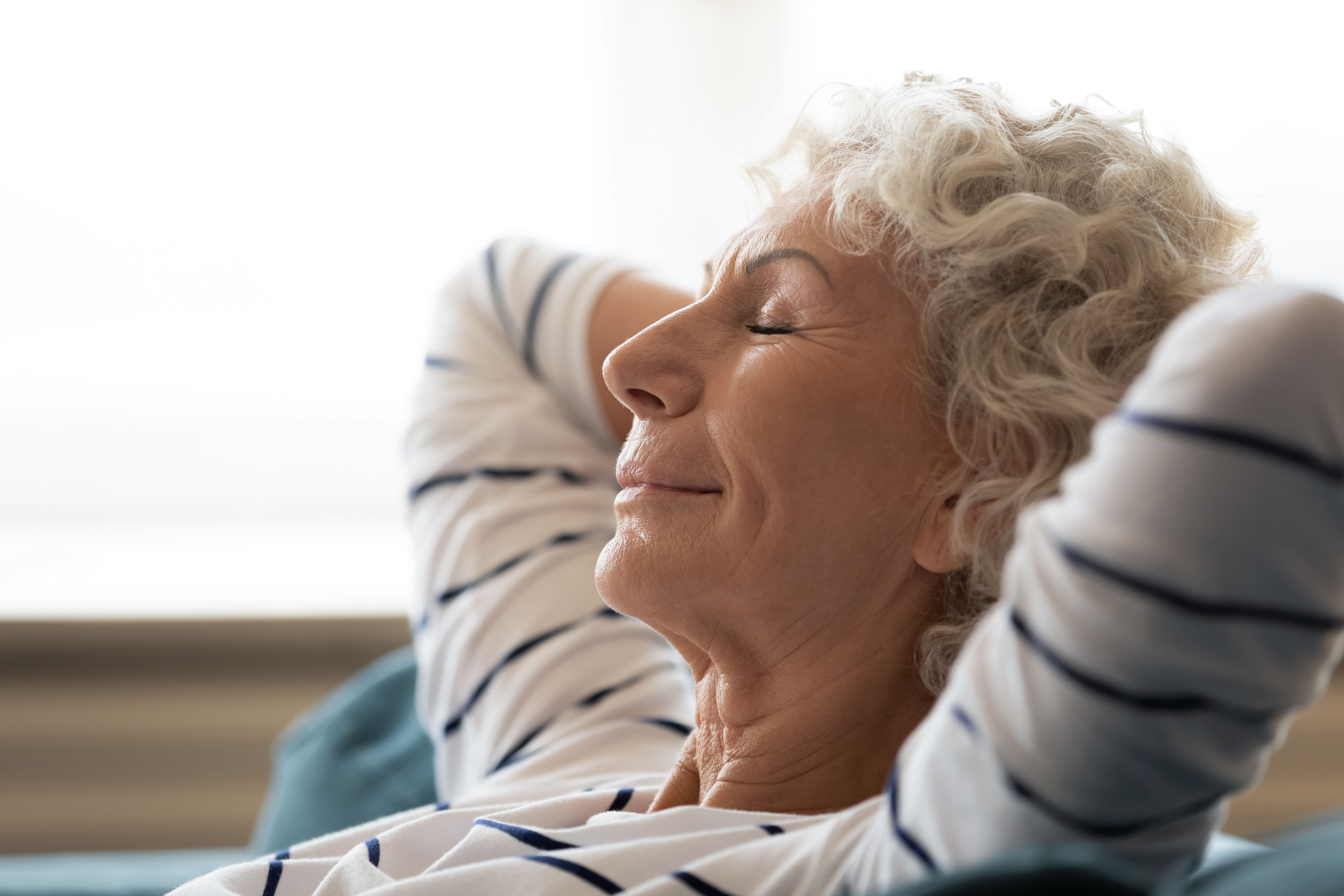 7 Tips to Help Seniors Seek Peace in Their Assisted Living Apartments
