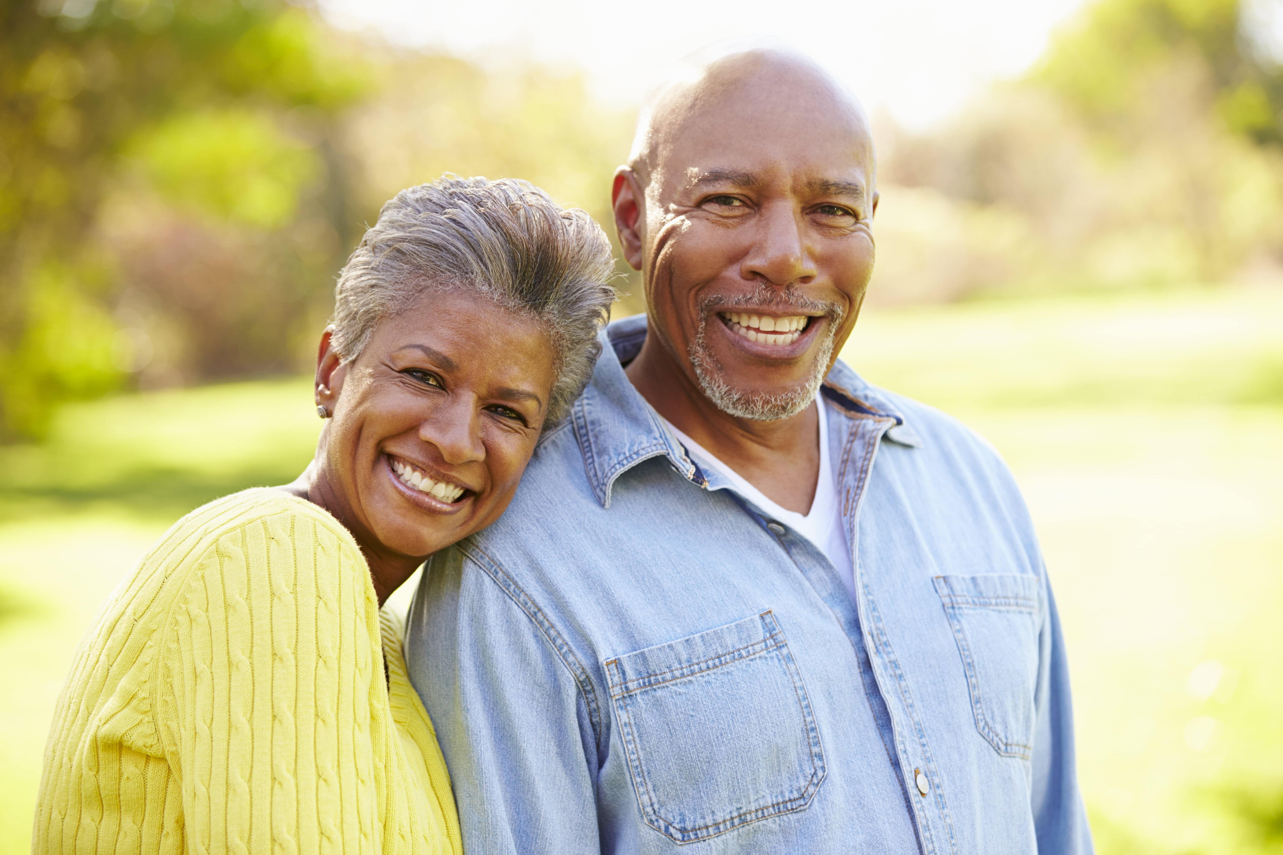 Living a Vibrant Lifestyle in Assisted Living During Warm Months