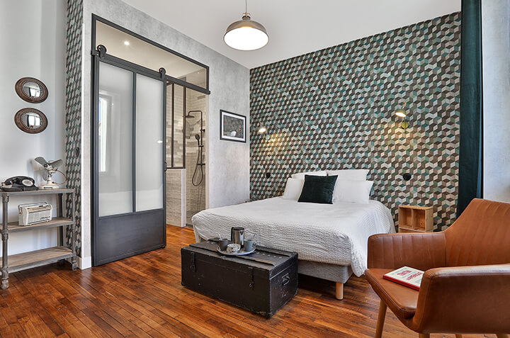 hotel chambre 12