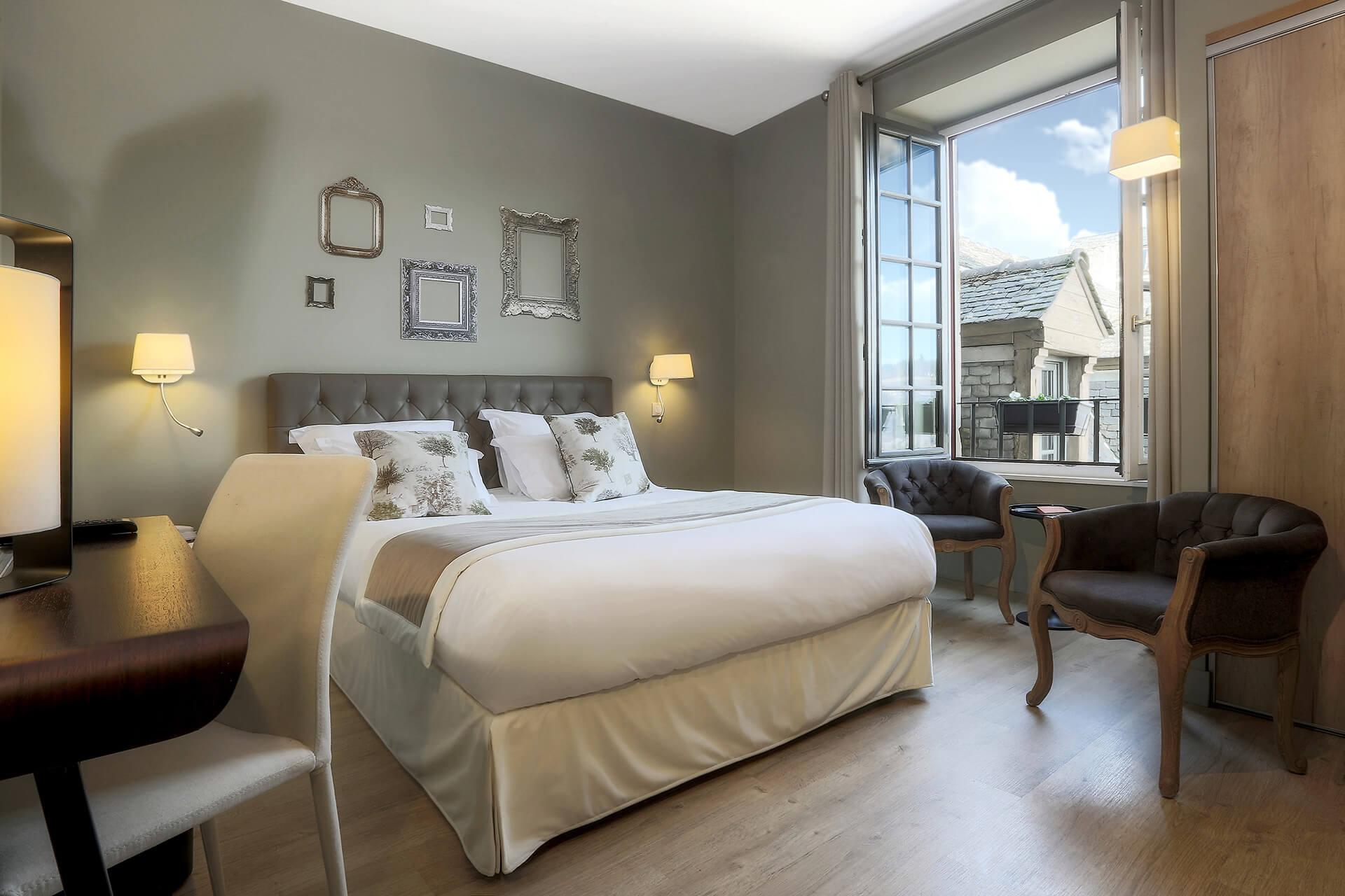 hotel chambre 8