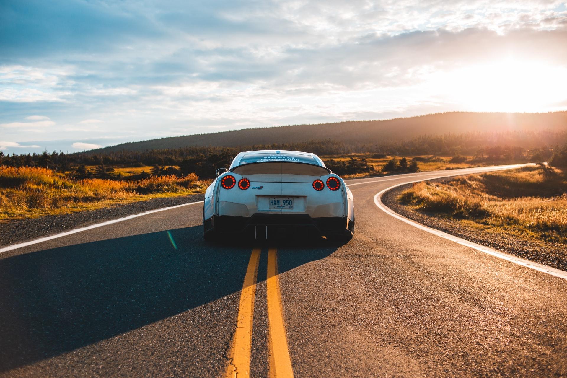 Hausse de l'assurance auto : Que faire ?