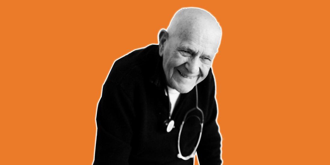 Christian Chenay, 98 ans, le médecin en activité le plus âgé de France