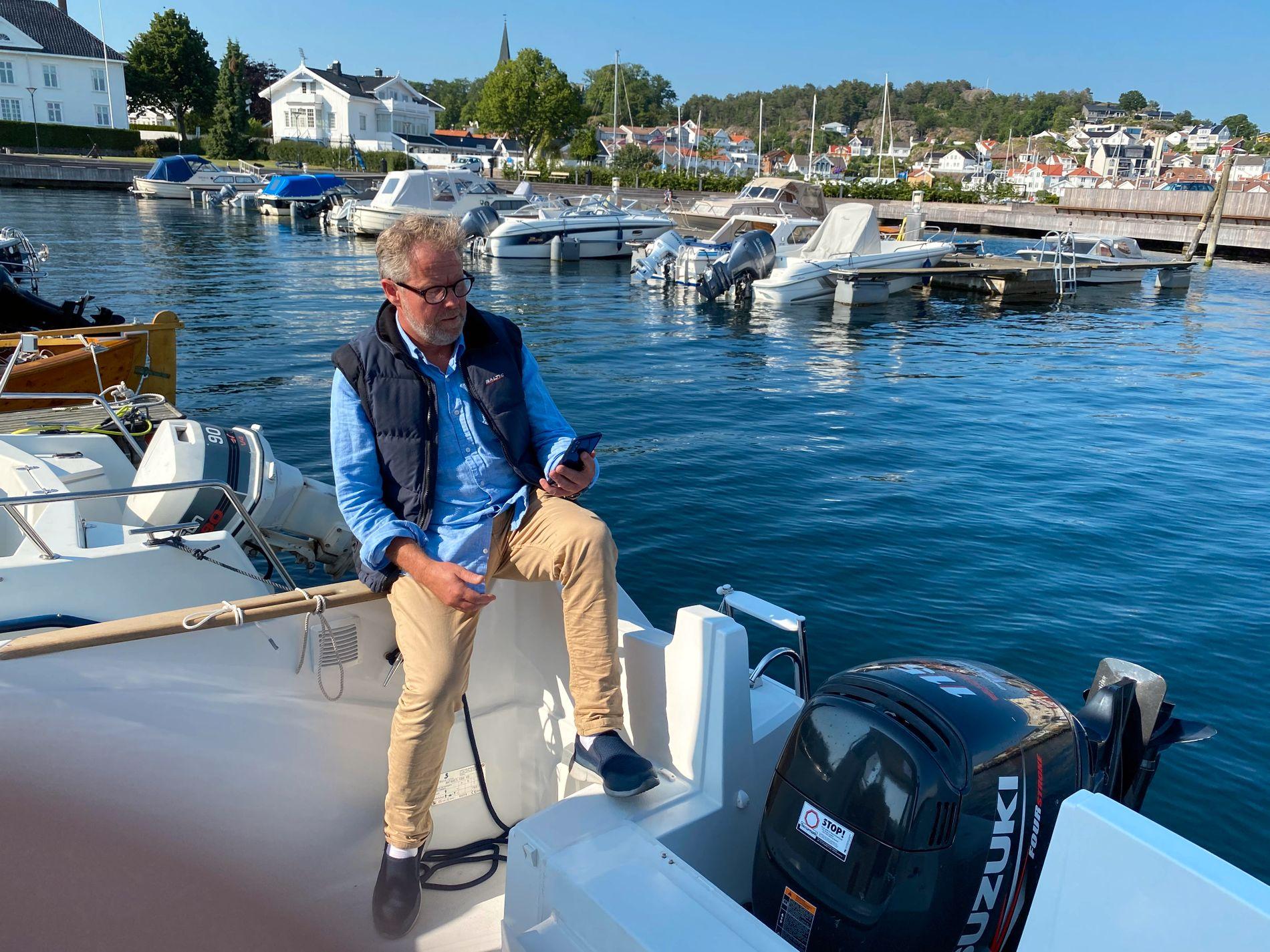 Etter at båten til Richard A. Nordahl ble stjålet i fjor, lastet han ned appen fra Seaber. Det gir en ekstra trygghet, både når han selv er på sjøen, og når båten ligger fortøyd for natten.