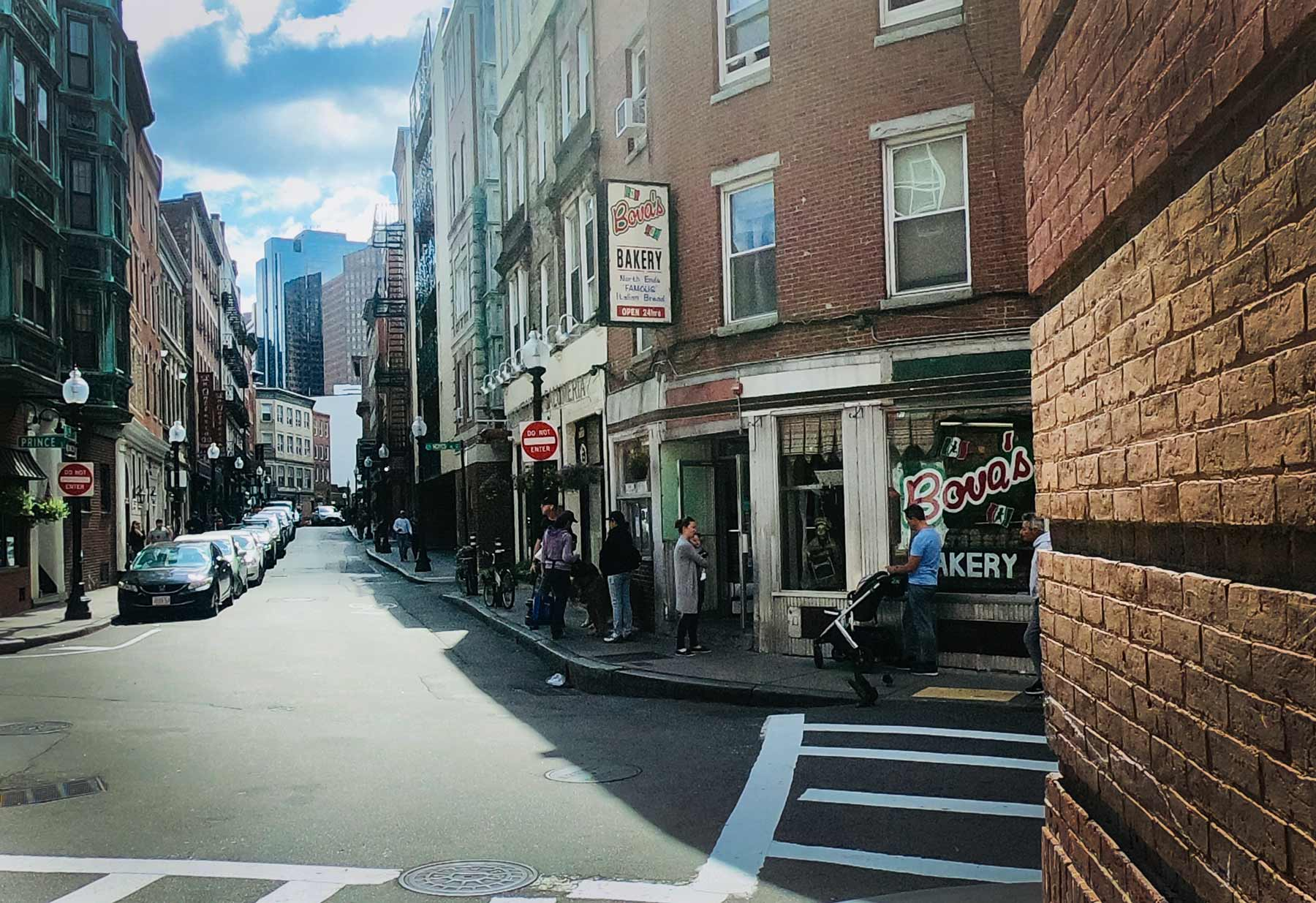 Exterior Italian Bova's Bakery in Boston, Massachusetts