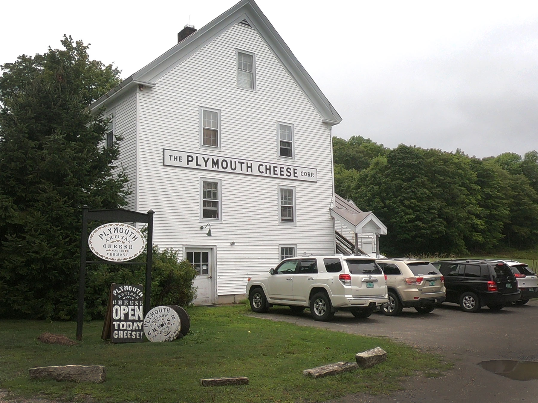 Exterior of The Plymouth Artisan Cheese Company in Vermont