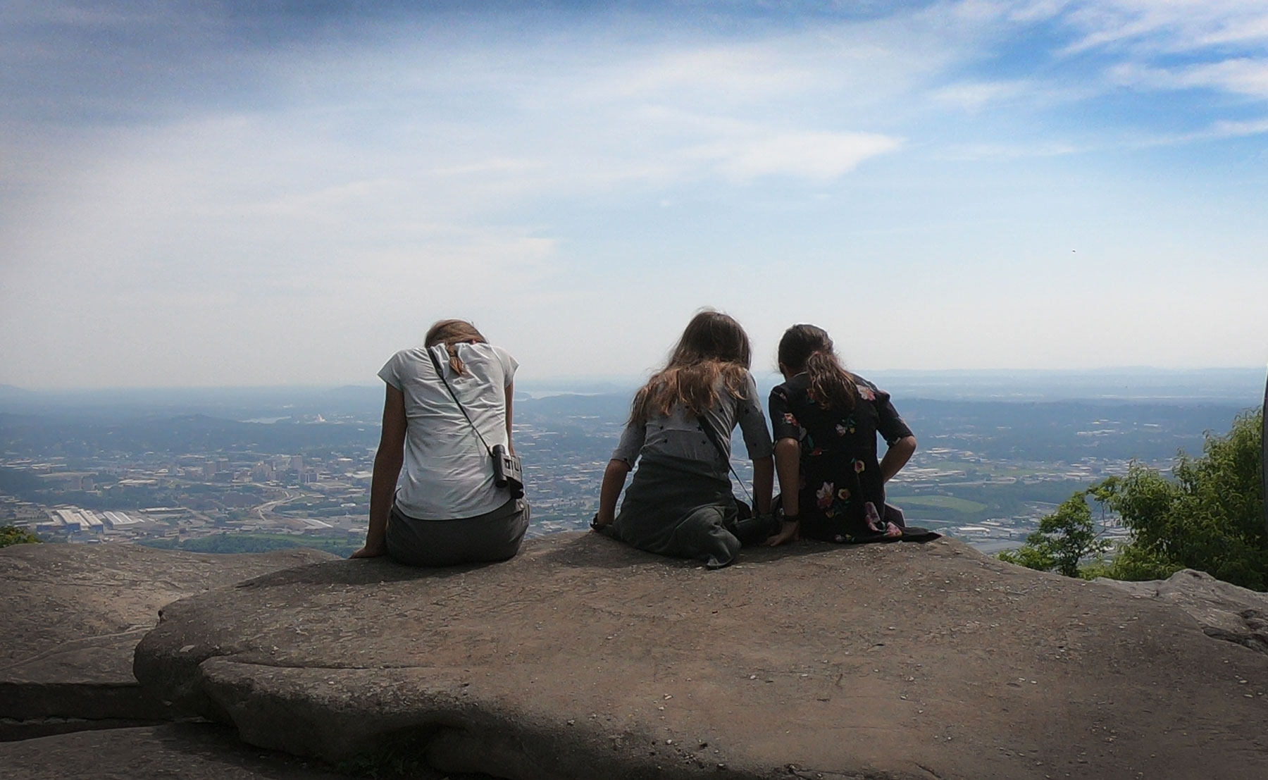 Three girls on Lookout Mountain Overlook at Chickamauga and Chattanooga National Military Park, Tennessee