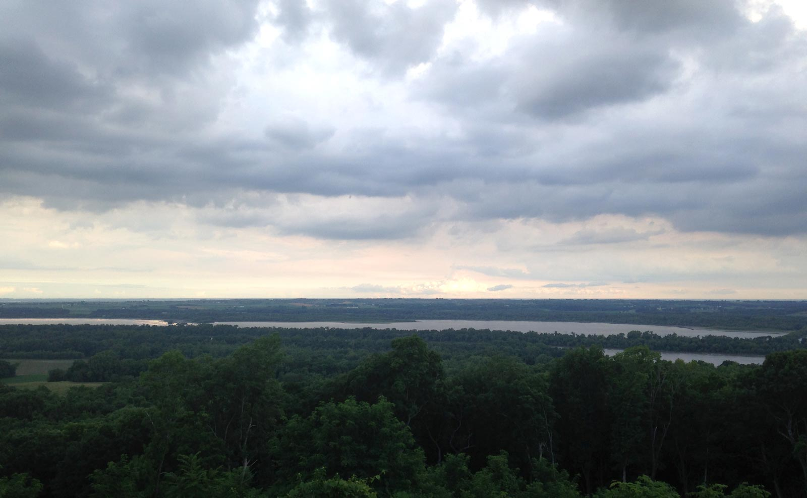 Mississippi River overlook at Pere Marquette State Park, Grafton, Illinois