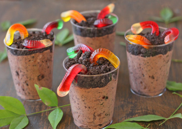 Dirt cup with candy worms