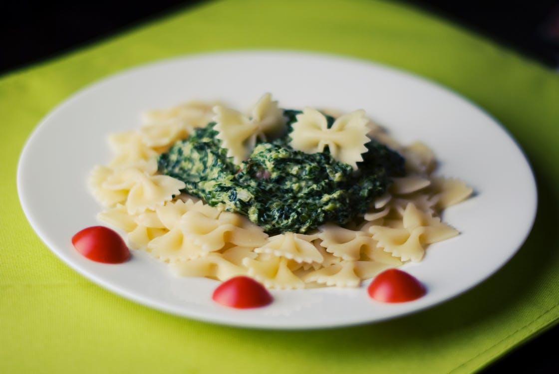 food-pasta-spinach toa-heftiba-530185