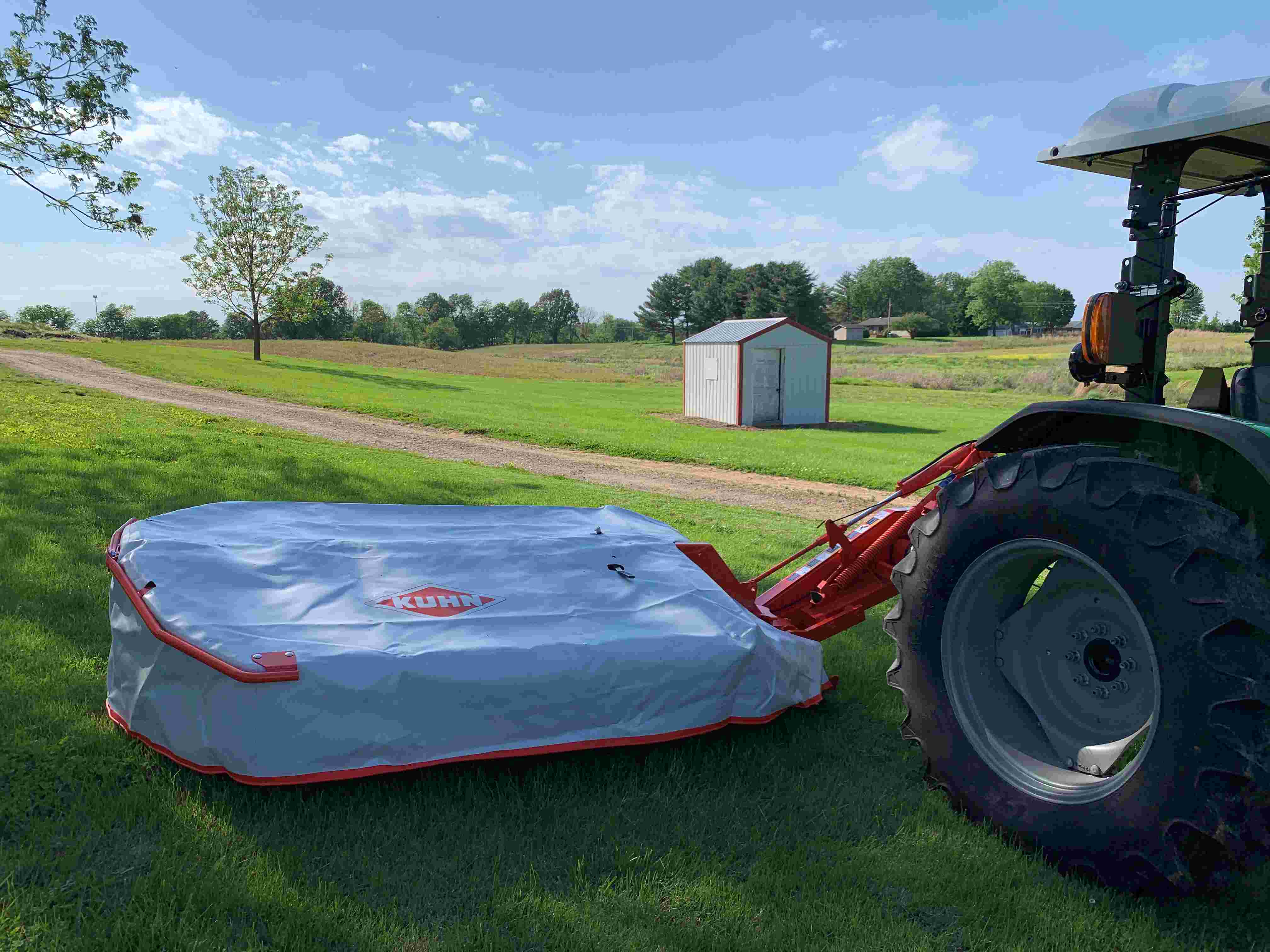 KUHN GMD24 7ft 10in Vertical Disc Mower